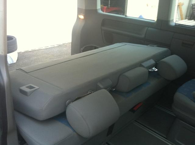sitze sitzbank schlafbank 3 sitzreihe vw t5 multivan. Black Bedroom Furniture Sets. Home Design Ideas